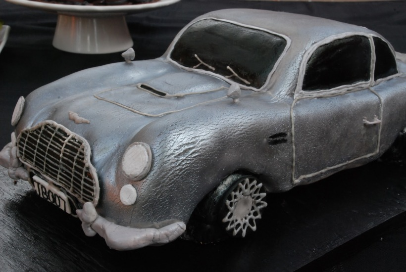 James Bond Cake, Bond car. 007. Aston Martin DB5 cake