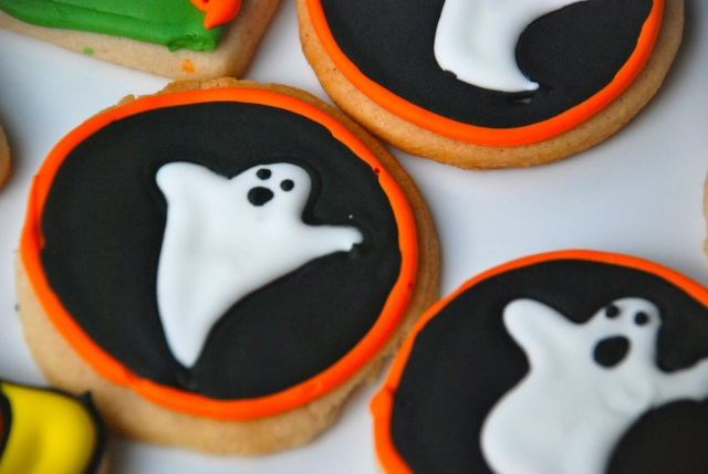 Boo! Ghost sugar cookies for Halloween.