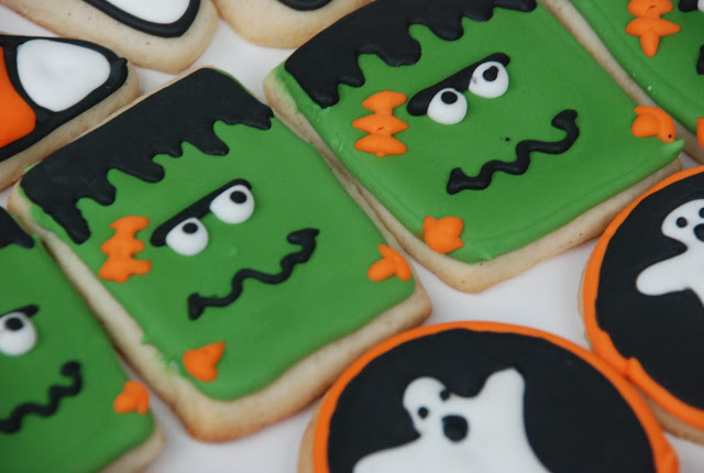 Halloween Cookies, frankenstein's monster. Cute halloween sugar cookies with ghosts and candy corn.