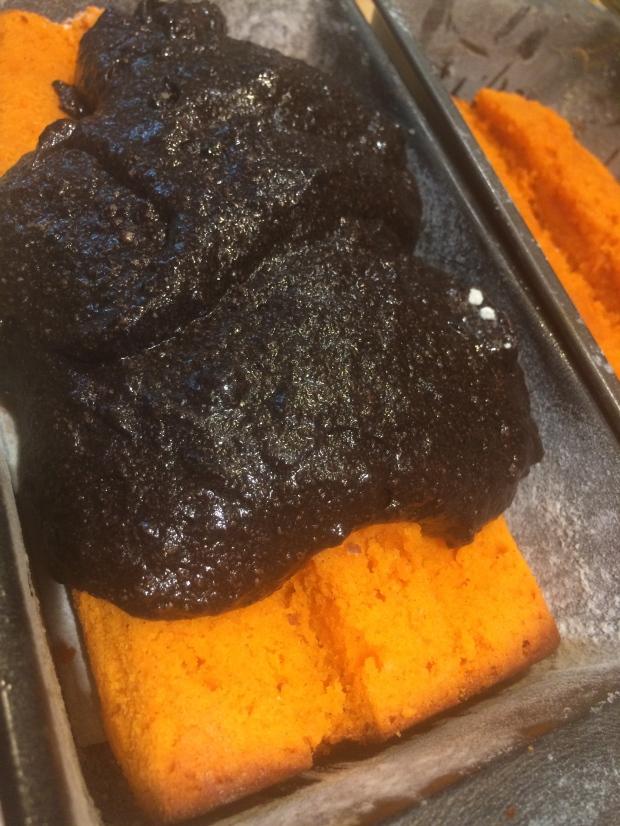 Halloween Cake DIY Tutorial, Step by Step